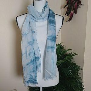 NWOT Halston scarf